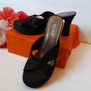 Bonita Mudd chunky heel shoes Size 9M